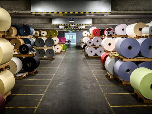 Lager Papierrollen Papierfabrik Gmund