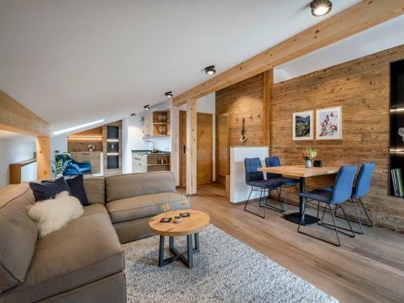 Wohn- und Essbereich Ferienwohnung Gipfelstürmer Ferienhaus Alperie