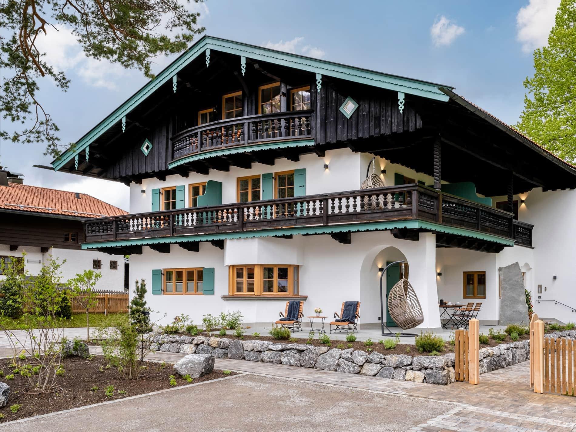 Ferienhaus mit Ferienwohnungen Alperie am Schliersee